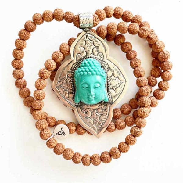 Mala in semi di rudraksha e Buddha in resina