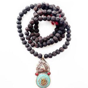 Mala in Semi di Rudraksha Nero e Amuleto